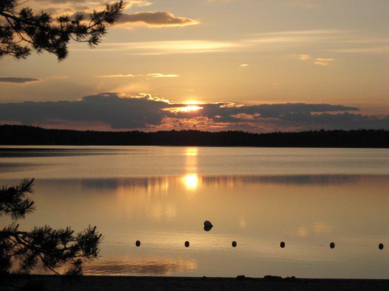 Auringonlasku Finland
